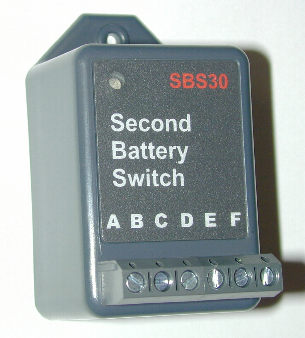CruzPro SBS Second Battery SwitchCharger Voltage Sensitive - Switching voltage in relay